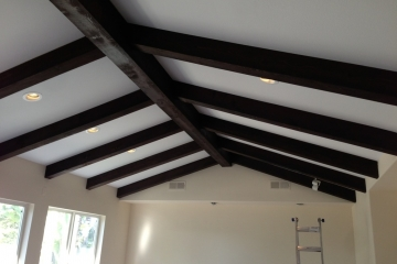 beamed-ceiling-painted